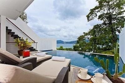 Villa 6 Oceanfront pool villa
