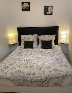 Chambre à coucher lit en 140 x 190