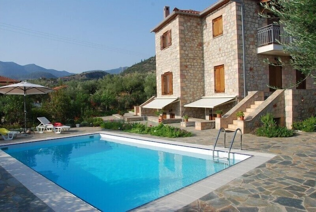 Eleonas Houses Traditional Villas With Swimming Pool In Kardamyli Kardamyli