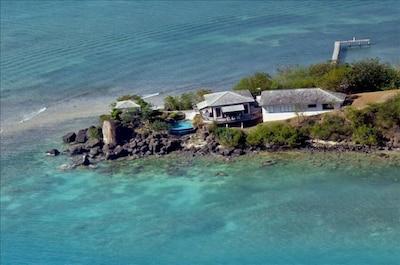 Unique Peninsula with privacy galore!