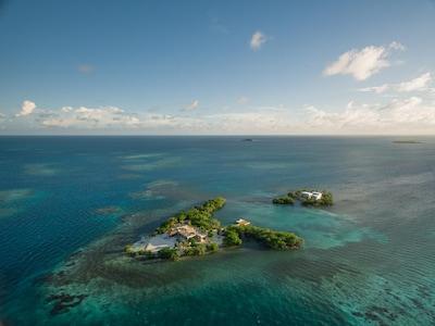 Gladden Private Island (1)