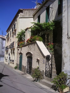 Ancienne maison catalane, à 2 minutes de la plage et dans le centre de la ville