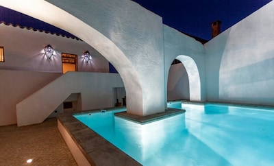 Casa No Canto Amazing 4 Bedroom Townhouse, Heated Pool In Private Court Yard
