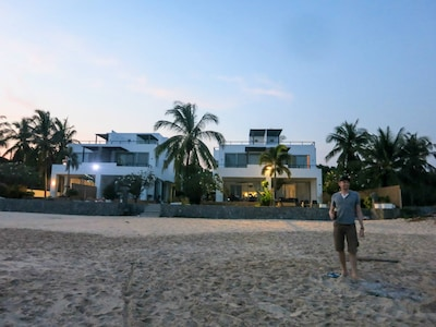 Sunrise Villa (left of left), an absolutely wonderful, refreshing and relaxing place