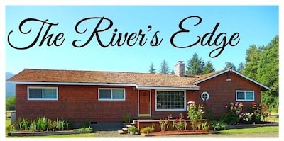 Lake Quinault's #1 Get Away!  Two Miles from Lake Quinault Lodge.
