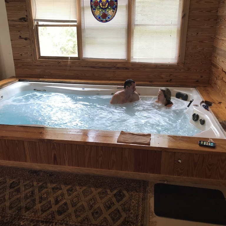 20 Off Thru April 31 3 Br Log Cabin Indoor Outdoor Pool Sauna Gym Yours Only Mcalpin