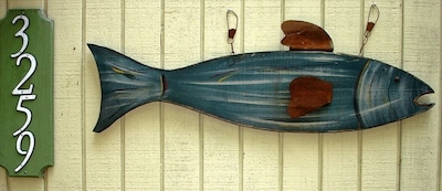 Front door marker-look for the fish! Keyless entry.