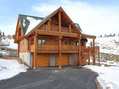 The Kodiak Lodge Ski In Ski Out at Tahoe Donner