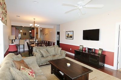Den with flat screen TV, Radio with CD Player