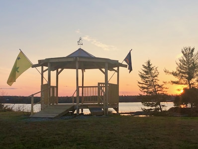 Just built, 2020! Gazebo in back field faces beach & tidal cove. (Flags: Maine)