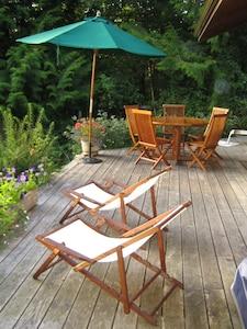 Front patio/deck