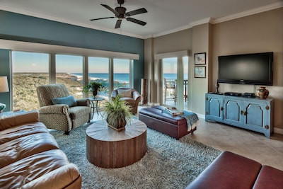 Living room with panoramic views of Gulf and beaches! All new decor