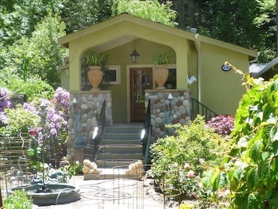 Inviting cottage style entrance.