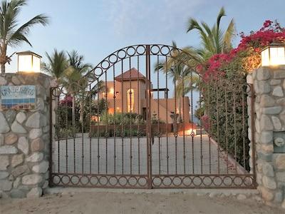 Front view of villa as you drive up to Casa De Amigos.