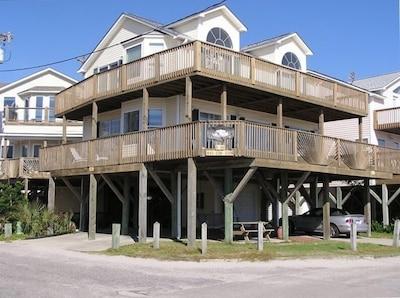 5BR/3BATH Oceanfront Beach Home