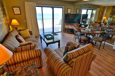 A beautiful unit with a great view of the gulf and coastline.   Beautiful sunset