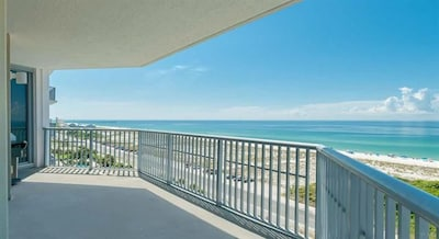 Emerald Dolphin, Pensacola Beach, Florida, United States of America