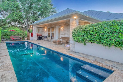 Heated private pool and courtyard at Creek Haus.