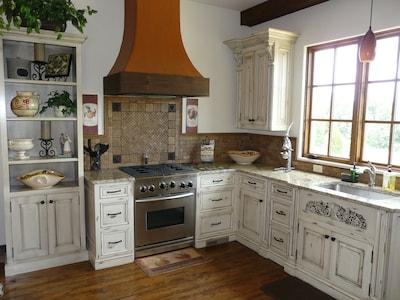 Villa della Luna Kitchen