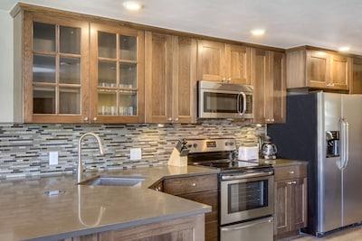 Beautiful gourmet kitchen ...