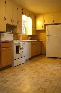 suite 1 kitchen