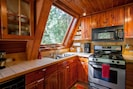 Fully equipped kitchen to prepare meals
