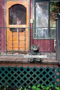 Welcome to Three Bears Lodge!