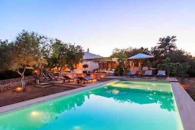 Gran Villa con piscina, jardin y vistas al Mediterraneo
