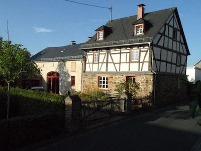 Bauernhaus unter Denkmalschutz Sommer 2019