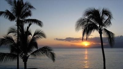 Summer sunset - just off Molokai