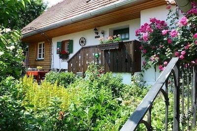 Ferienhaus Romantikstöckl mit ostseitiger Terrasse