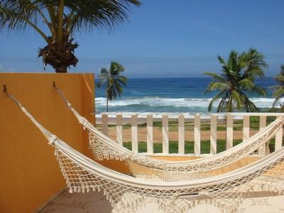 Duplex pé na areia de frente para o mar, wi-fi,piscina e churrasqueira!!