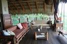 La Casita living/estancia area Open to the ocean