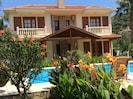 Villa Hatira. Stunning.