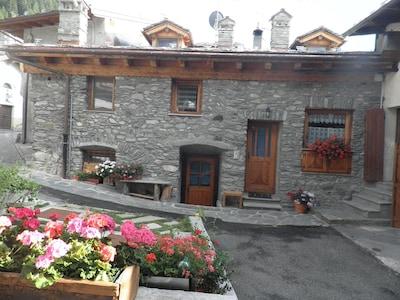 Chaz Dura Ski Lift, La Thuile, Valle d'Aosta, Italy