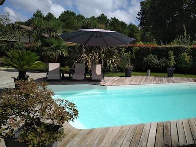 APPARTEMENT avec piscine privée