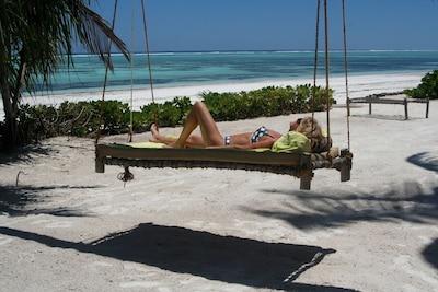 Zanzibari Hamoc on our private beach !