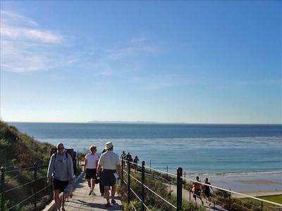 Amazing Ocean Views.......New beach trail Now open.  Bring your camara!
