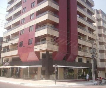 Ótimo Apartamento , 2 Quartos 1 Suíte, Garagem ,  Vista  parcial Para O Mar