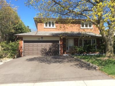 Morningside, Toronto, Ontario, Canada