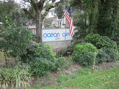 View of Ocean Glen from the street.