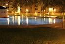 In de zomer kan er er ook 's-avonds heerlijk romantisch gezwommen worden