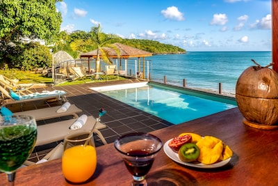 location villa martinique avec piscine au sel de 8X3 m