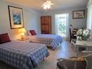 Second guest bedroom.