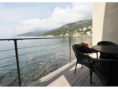 Un balcon sur la mer