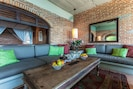 Vida Alta Living Room Area