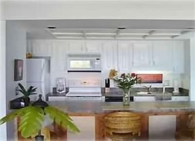 Recently refurbished kitchen with new counter tops. All major appliances.