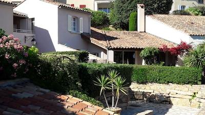 Maison avec jardin coté sud.