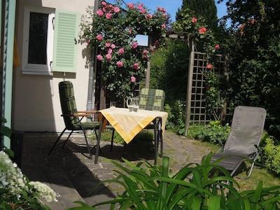 Die Terrasse - genießen Sie Ihr Frühstück in der Morgensonne