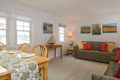 Upstairs living/dining room with lake view